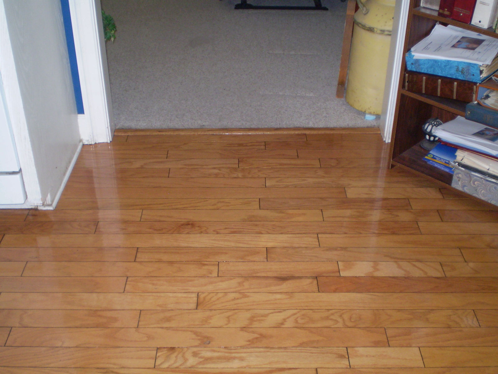 Hardwood floor refinishing wee clean hardwood floor refinishing dailygadgetfo Images